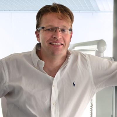 Dr Maximilian Riewer